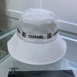 Chanel Bucket Hat white with box